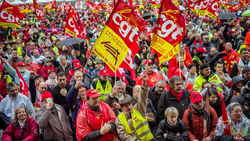Pour la victoire des cheminots, grève générale jusqu'au retrait du projet de loi !