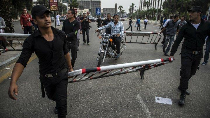 Égypte: À bas la junte militaire!Bas les pattes devant les étudiants!