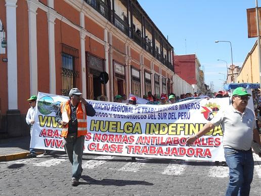 Revolución Permanente (Pérou) : En avant pour de grandes conquêtes, pour la classe ouvrière et le peuple