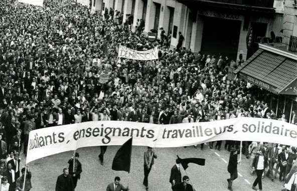 Les luttes de classes en France de 1945 à 2015