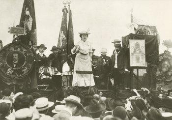 Parti bolchevik Projet de résolution pour la Conférence internationale des femmes socialistes Berne 26-28 mars 1915