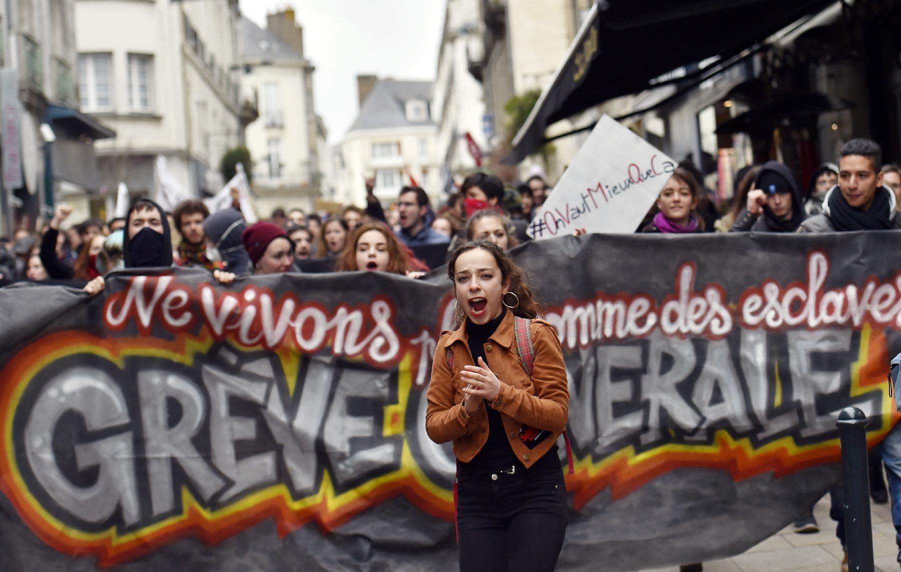 Pour le retrait du projet de loi, les AG doivent imposer l'appel à la grève générale contre le gouvernement !