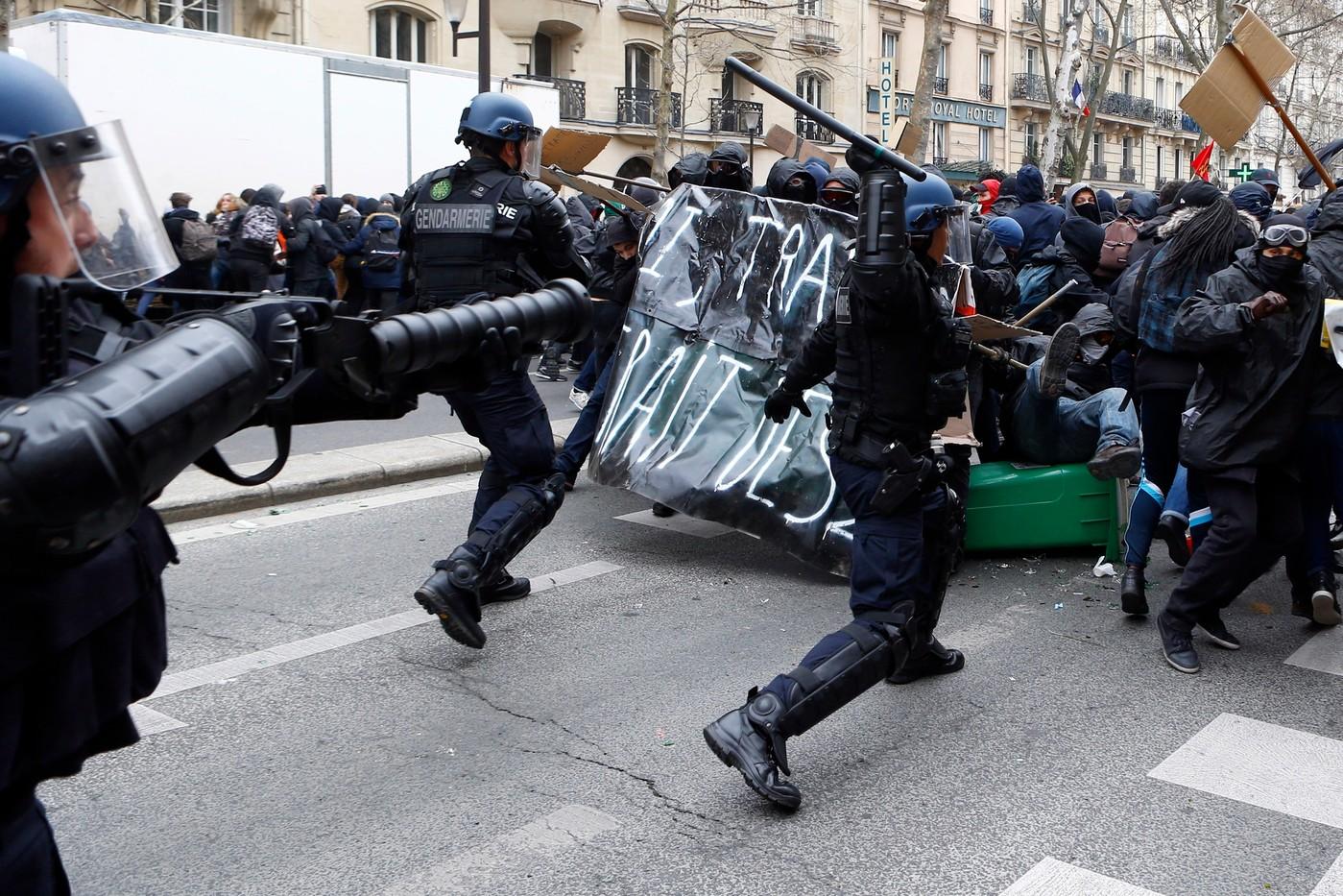 Pour vaincre le gouvernement: rompre le «dialogue social», s'organiser pour se défendre et imposer la grève générale !