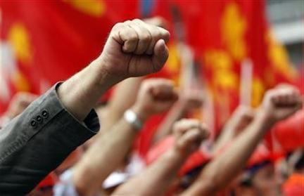 Contre la barbarie : indépendance de la classe ouvrière, lutte de classe, révolution, socialisme mondial !