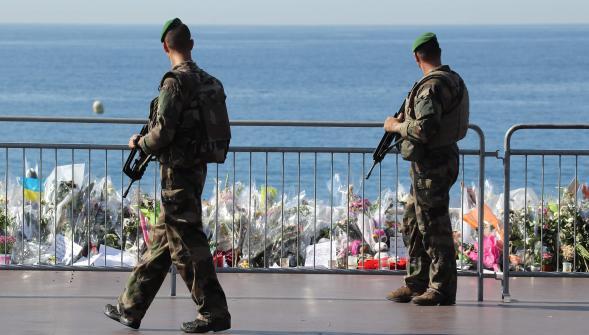 Non au renforcement de l'appareil répressif de l'Etat ! Arrêt des interventions militaires en Libye, en Syrie et en Irak !