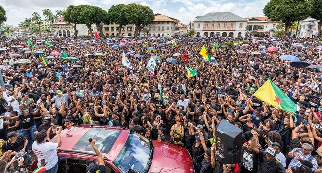 La collaboration de classes a phagocyté la grève générale en Guyane