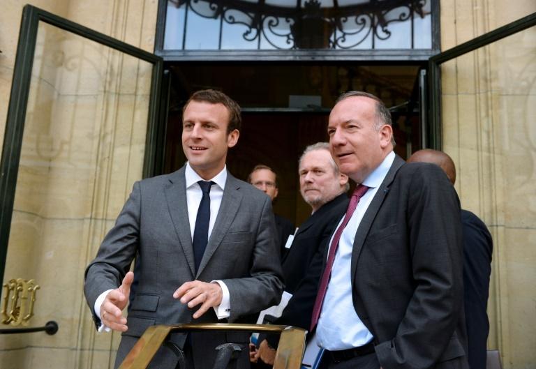 Macron - Philippe : une politique pour la bourgeoisie française au pas de charge !